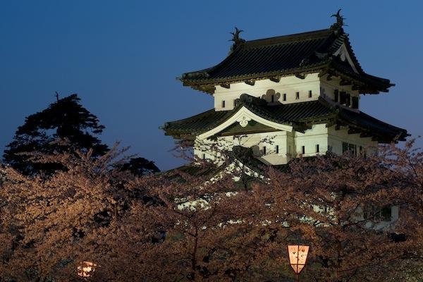 090429 桜の弘前城