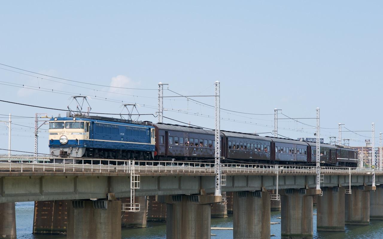 090607 馬入川橋梁を渡るレトロ横濱3号