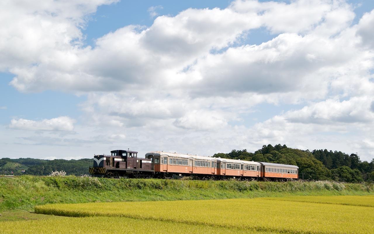 090920 秋の嘉瀬〜金木を走る客車列車