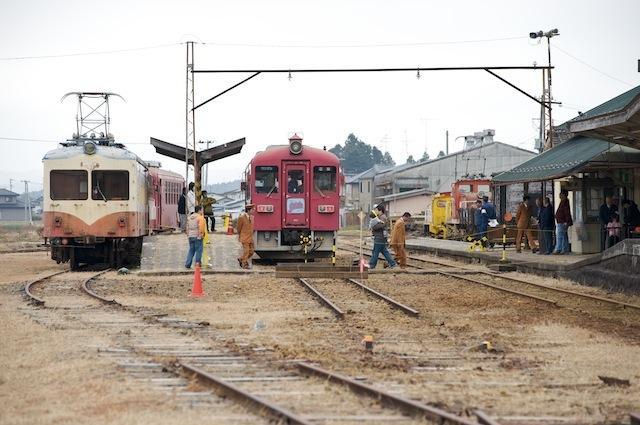 091031 若柳車庫から駅母屋を望む