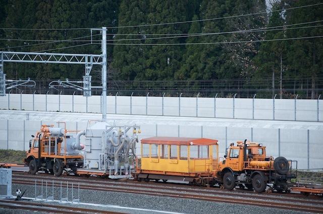 091123 東北新幹線工事基地の軌陸車