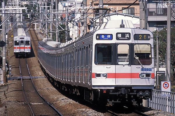 040131日中の東横線横浜行き