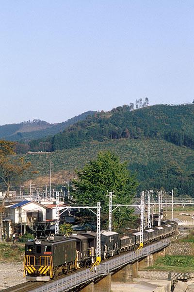911112葛生鉄橋貨物
