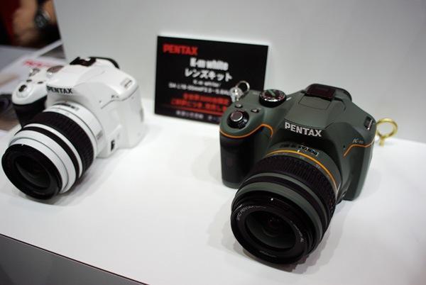 Pentax K-m ホワイトとオリーブ
