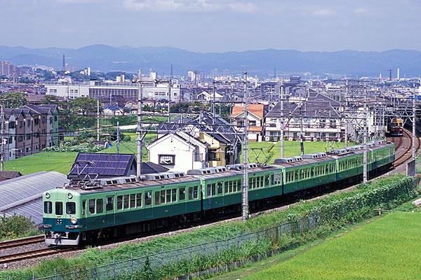 京阪1900河内森すれ違い