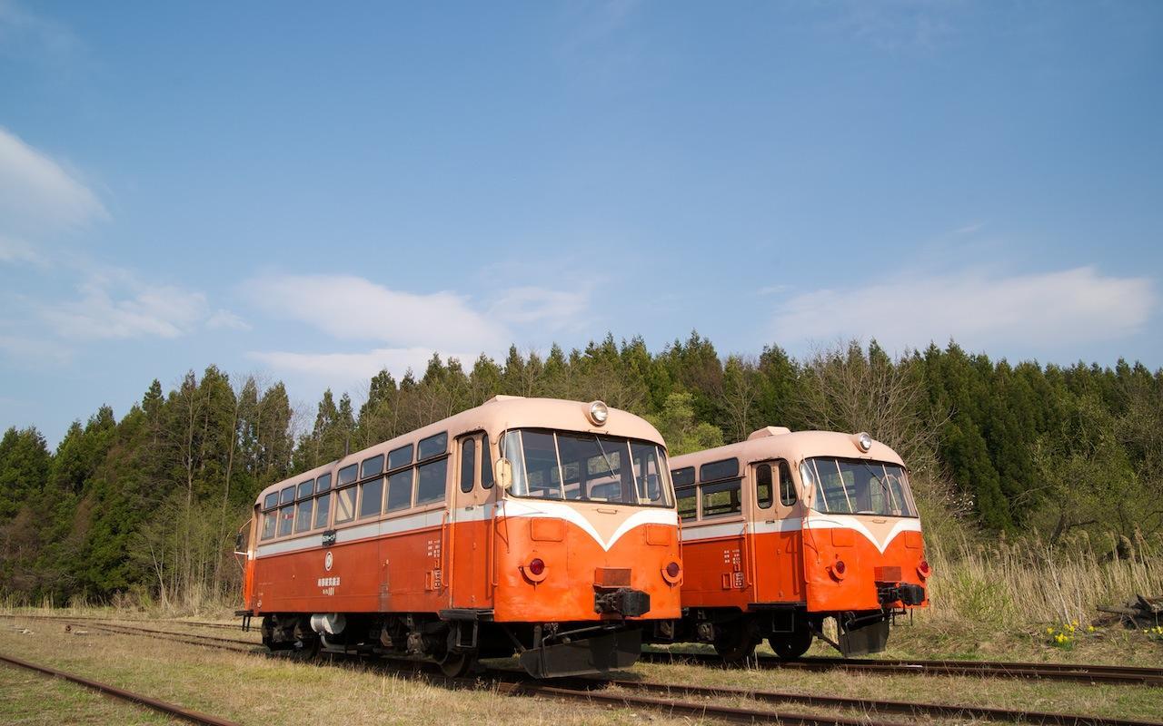 100502 南部縦貫鉄道2両のレールバス