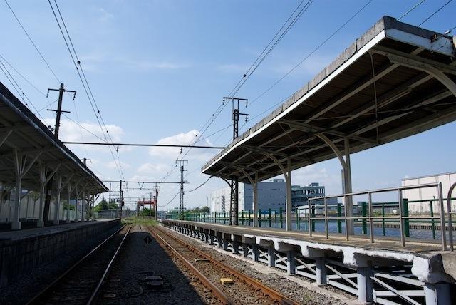 100516 午後の新芝浦駅ホーム