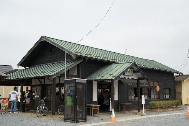 100613 くりでん若柳駅舎全景