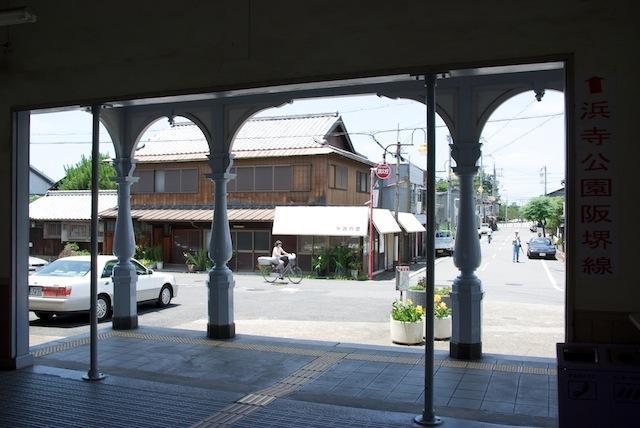 100704 浜寺公園駅出口側
