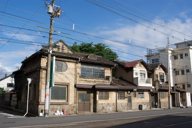 100704 三和エクステリア阪神販売の建物