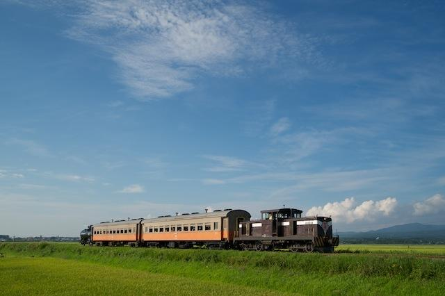 100829 金木〜嘉瀬を走る混合列車