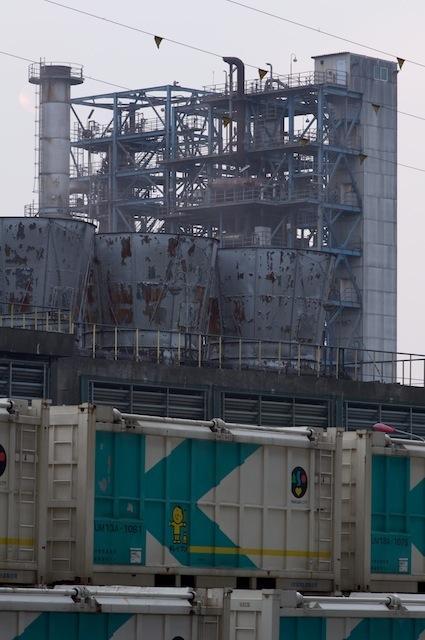 100912 浮島線末広町駅のコンテナ