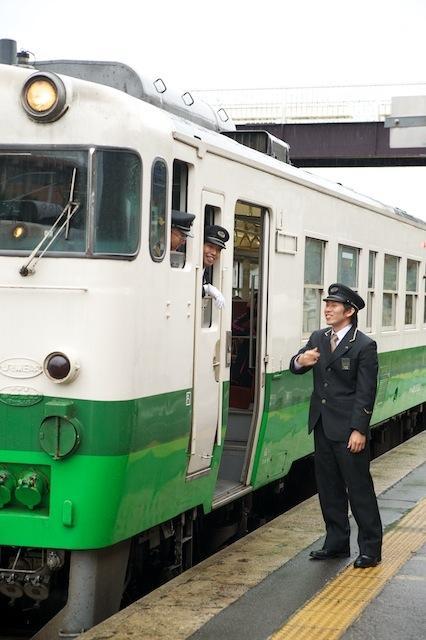 101030 会津若松行きの乗務員