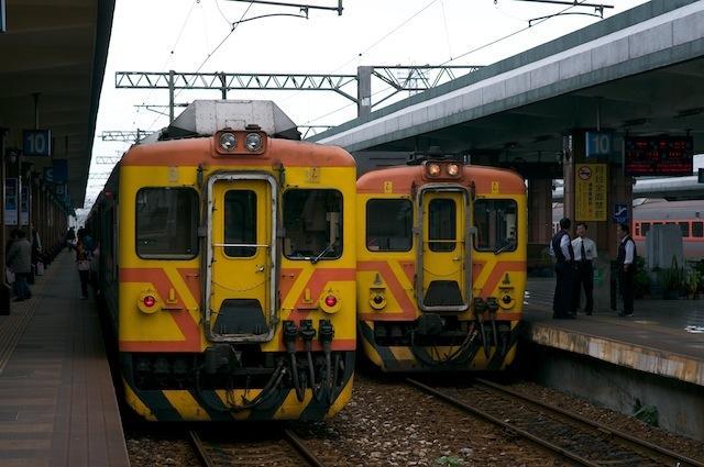 101123 花蓮停車中の日本製DC