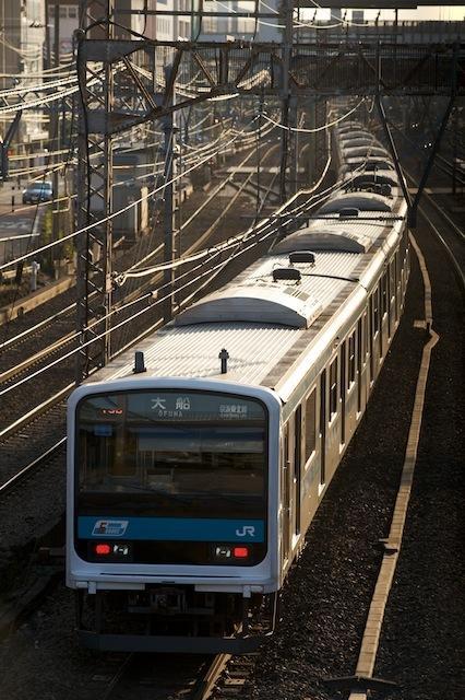 100117 横浜駅に入る京浜東北線209系