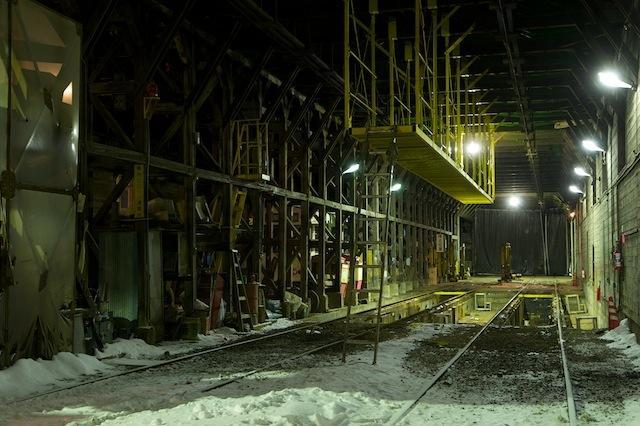 100206 木造車庫内の様子