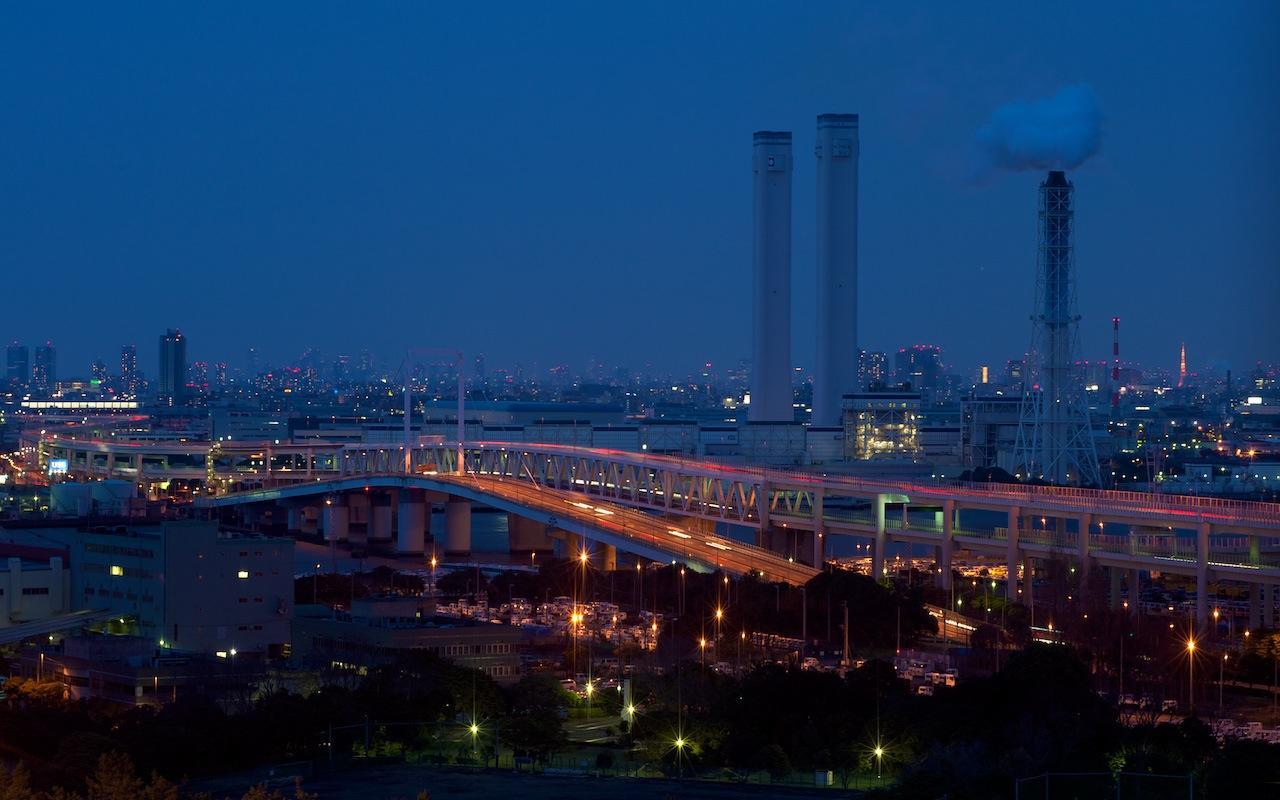 100327 スカイウォークから見た首都高と発電所の夜景