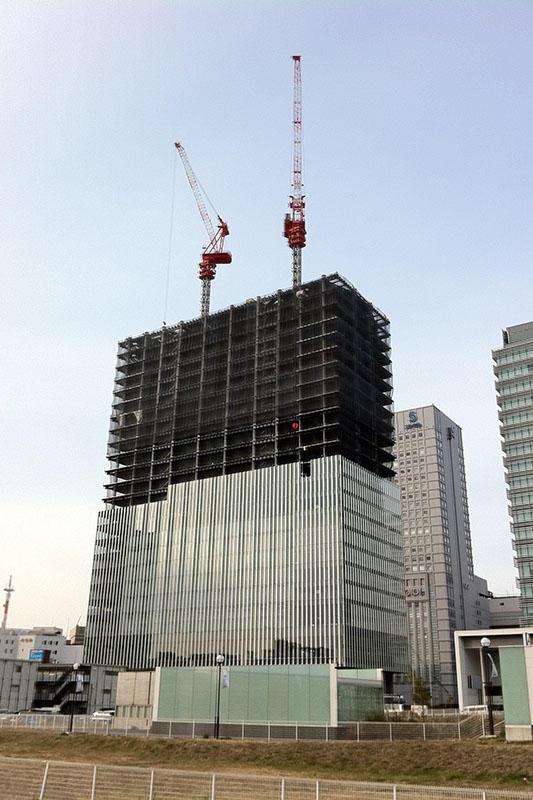 110105 建築中の横浜三井ビルディング