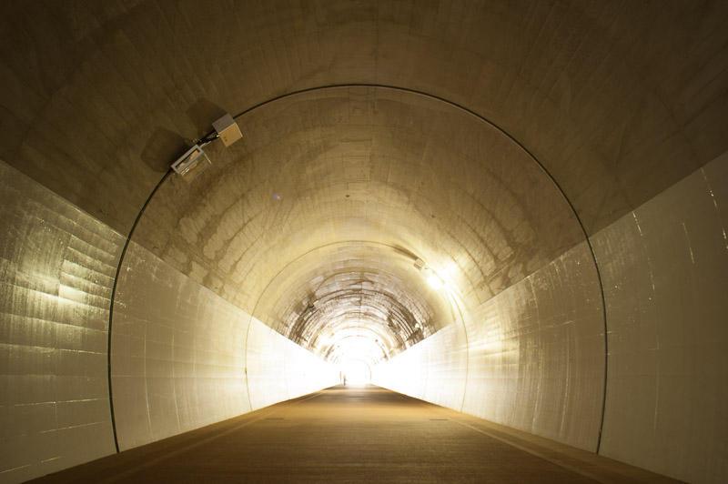 110424 高島山トンネル内部