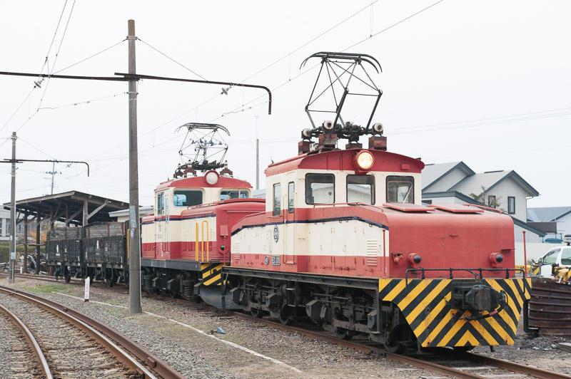 111105 七百駅構内展示中の機関車