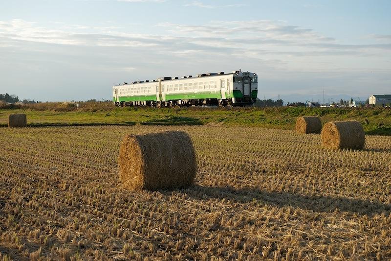 111112 上涌谷を走る柳津行き気仙沼線列車