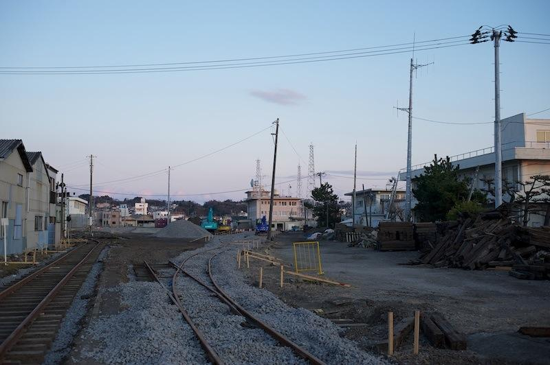 1112 31 復旧工事中の小名浜駅構内