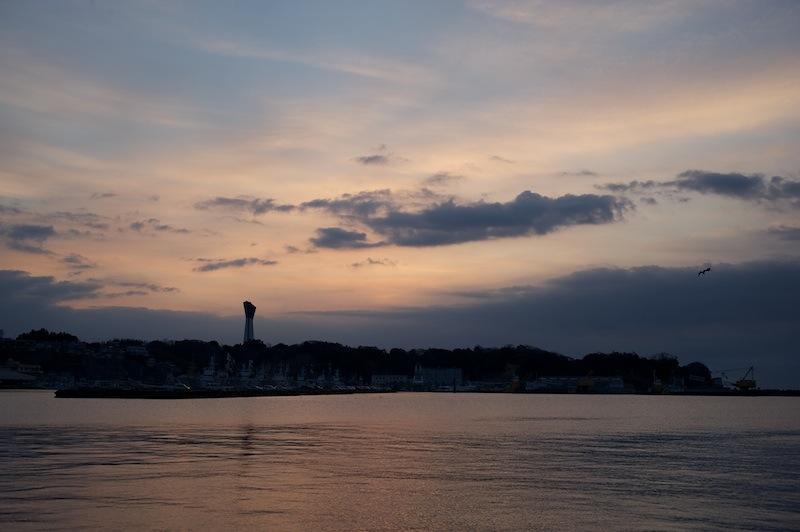 120101 日の出の時刻の小名浜第一埠頭