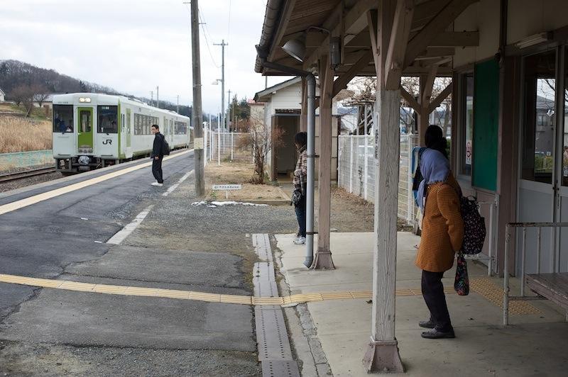 120101 郡山行きの入る磐城常葉駅