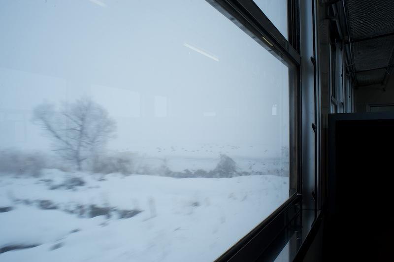 120102 只見線根岸付近の車窓