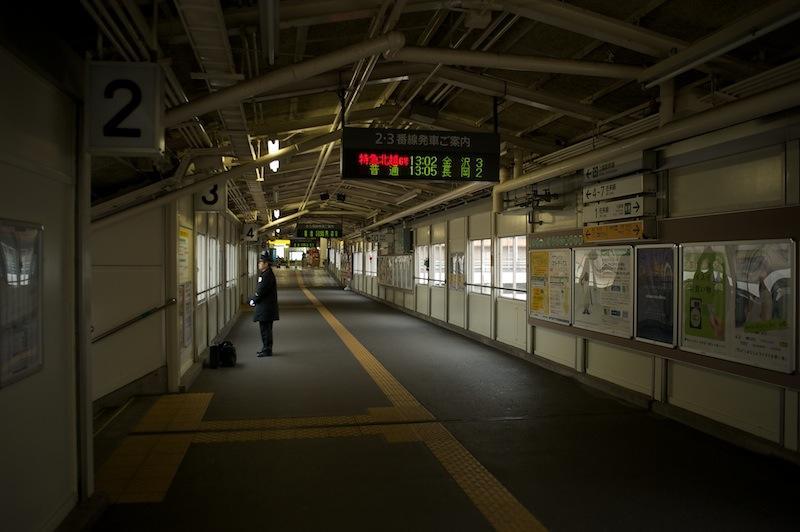 120103 新潟駅跨線橋にて