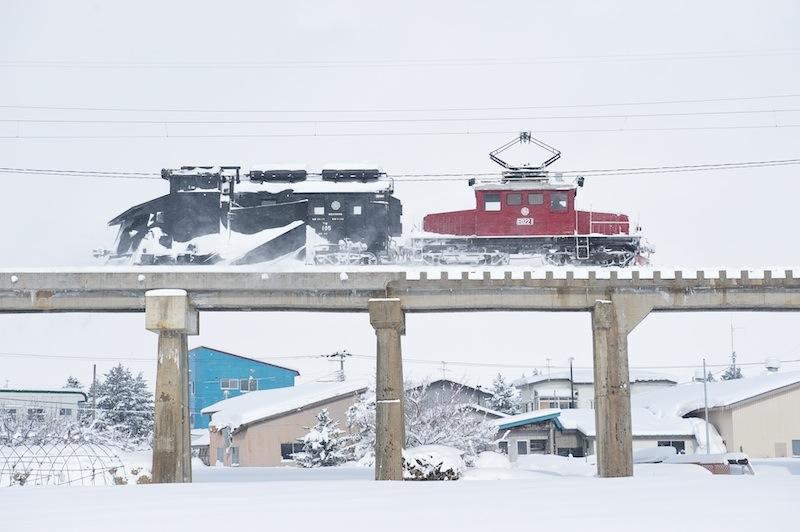 120128 大鰐に戻る回送除雪列車