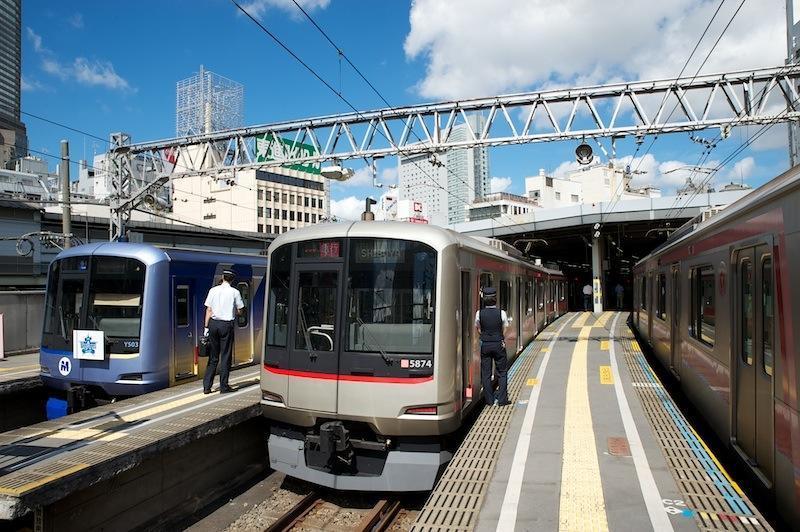 120822 東横線渋谷駅ホーム先端
