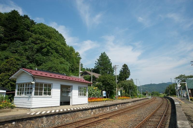 120823 陸中門崎駅ホーム全景