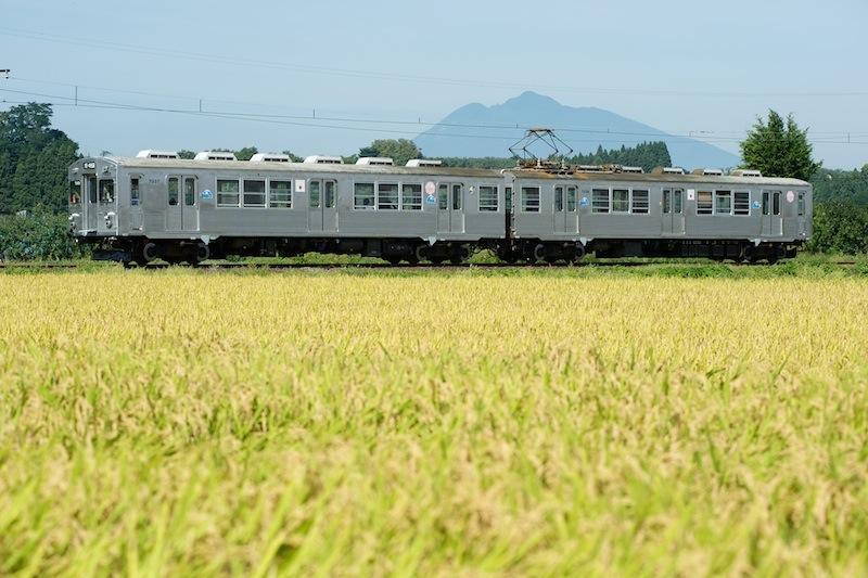 120917 クラシックスタイルになった弘南鉄道7000系