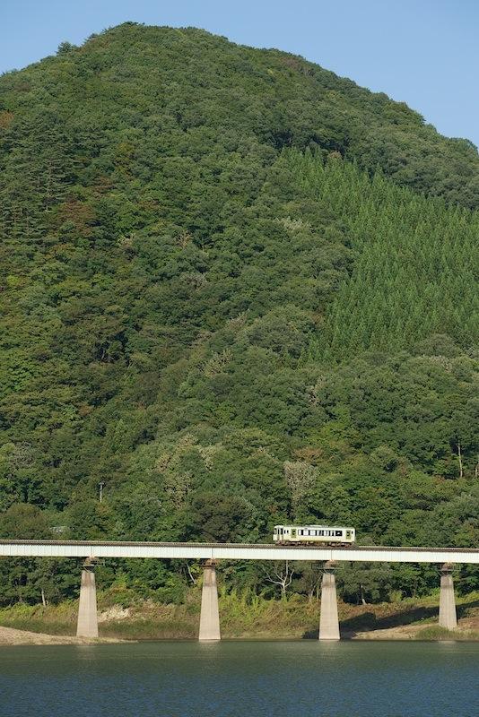 131014 第1和賀川橋梁とキハ100