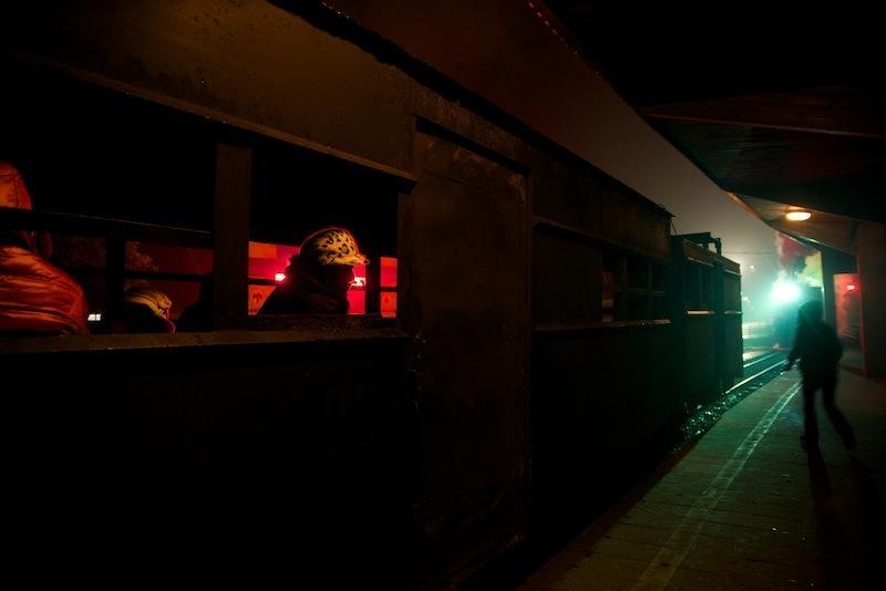 131229 始発の躍進駅