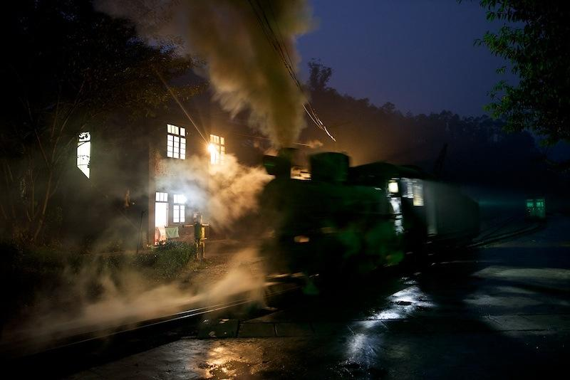 131229 列車先頭に戻る蒸機