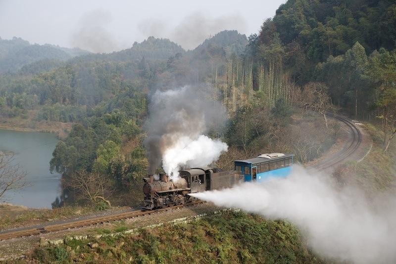 131230 ドレインを吐く観光列車