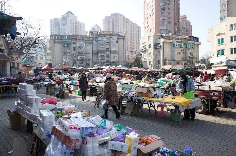 140101 春華街広場の市場