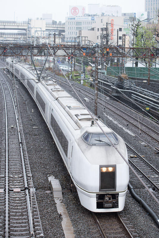 150411 横浜駅を出た快速「つながーるふくしま号」
