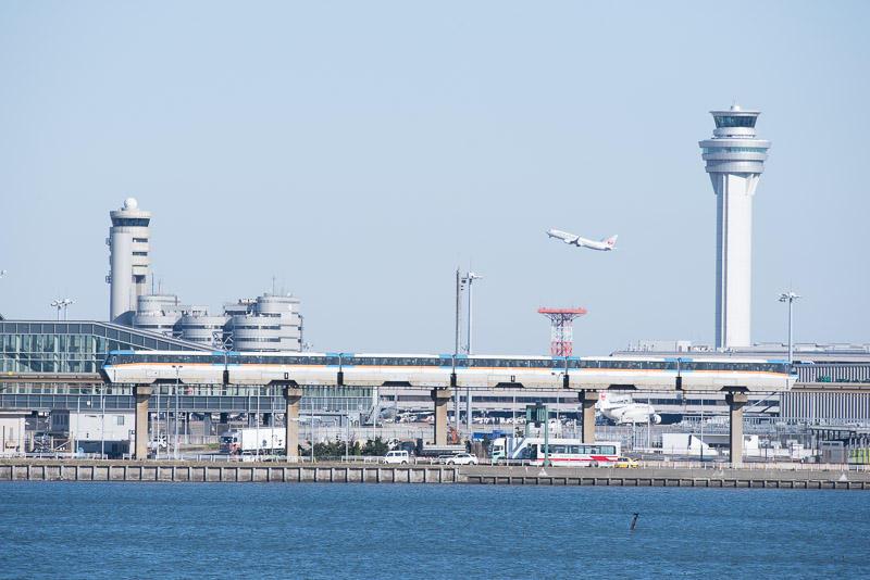 151218 浮島橋から見た東京モノレール
