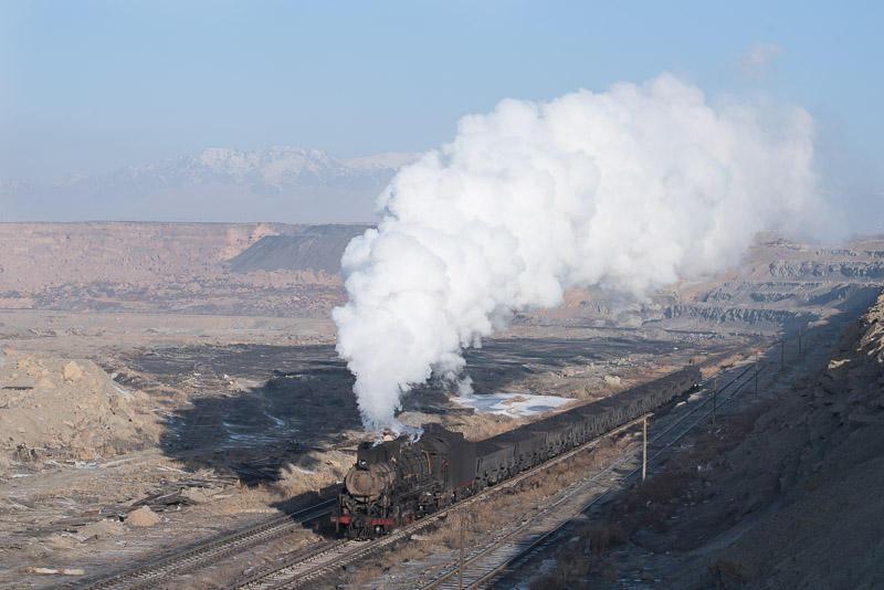 151229 坑口駅に入る蒸機
