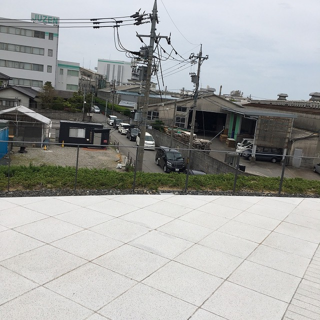 富山県美術館 駐車場