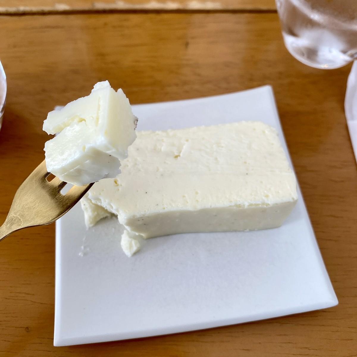 ホワイトチョコチーズケーキ 実食