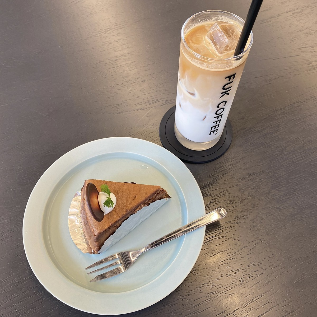 ショコラチーズケーキ アイスカフェラテ