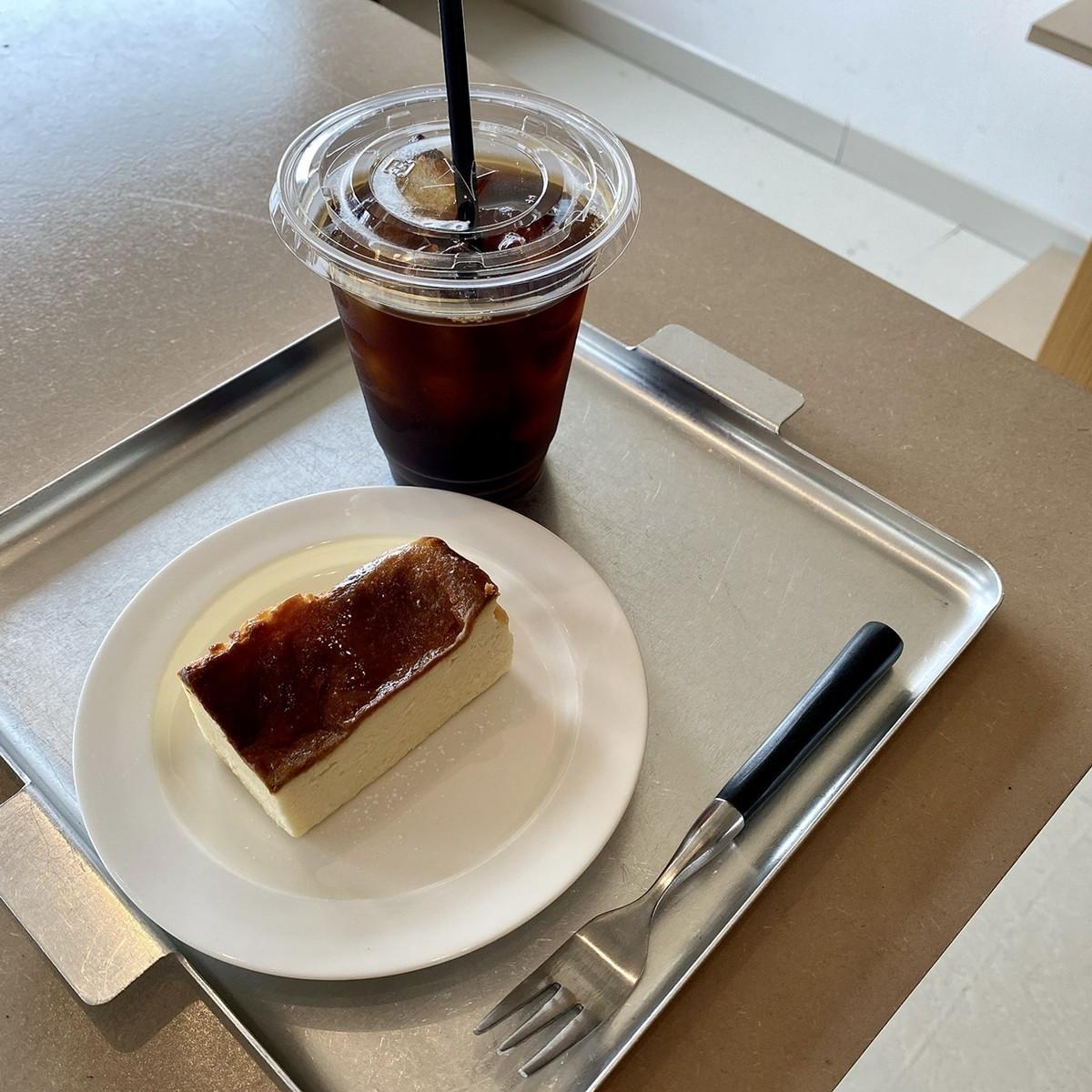 くらすことケーキセット チーズケーキ アイスコーヒー
