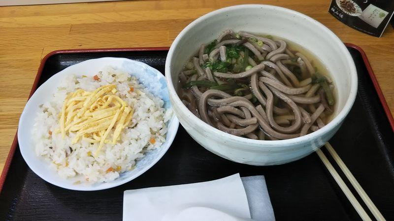 立川そばとちらし寿司