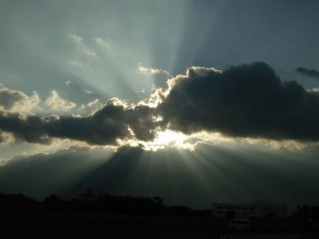 6月:雲と光の演出
