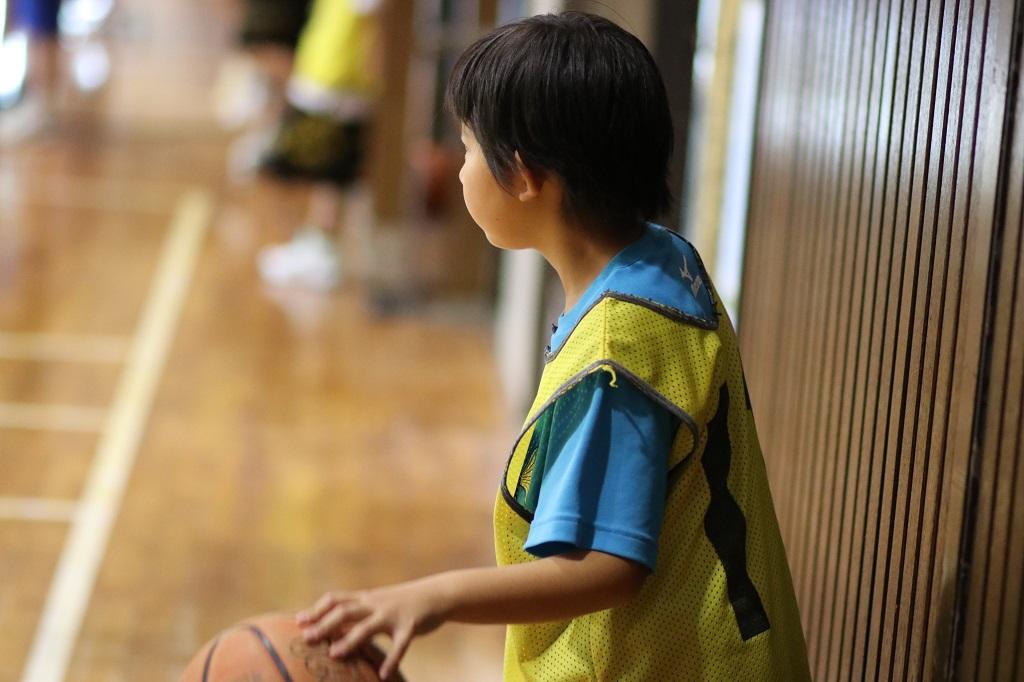 女子ミニバスケットボール練習写真