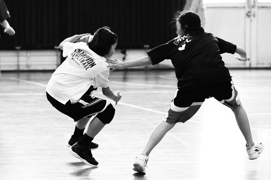 ミニバスケットボール写真 クロスオーバー